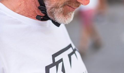 ciclista com óculos ktm