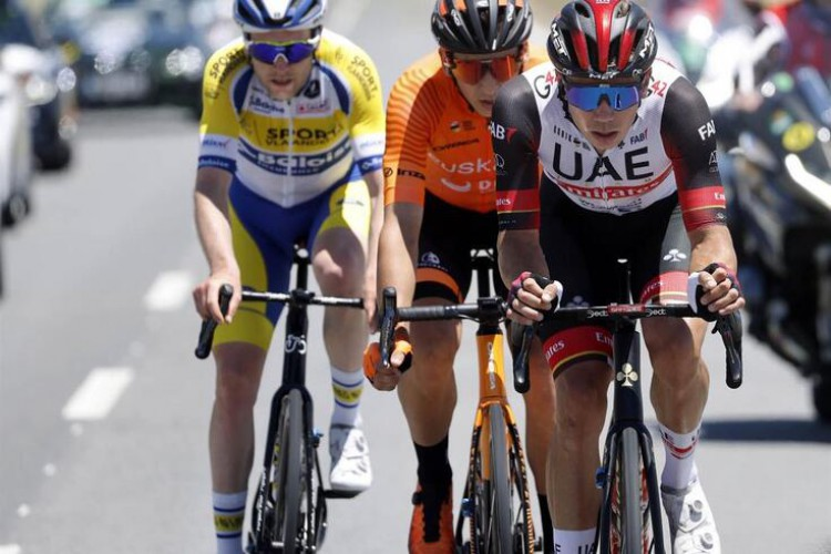 Sam Bennett won the first stage of the Volta ao Algarve
