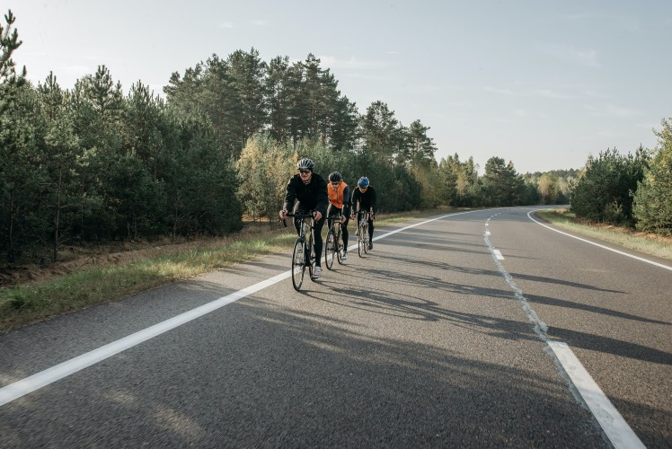 cycling group pedaling