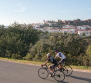 Dois ciclistas em Silves